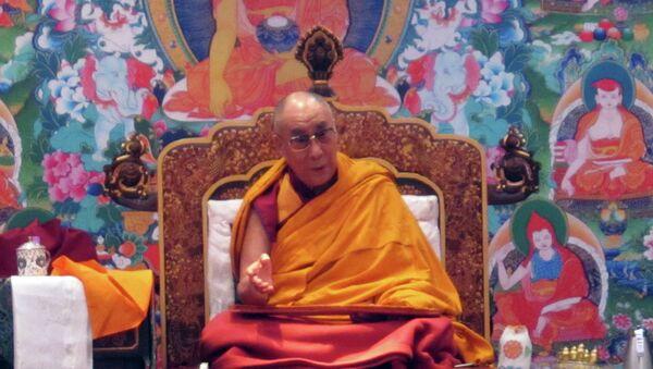 Далай-лама проводит в Дели учения для российских буддистов и отвечает на их вопросы
