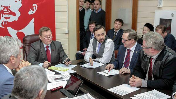 Оппозиция подписала соглашение о взаимодействии на выборах мэра Новосибирска
