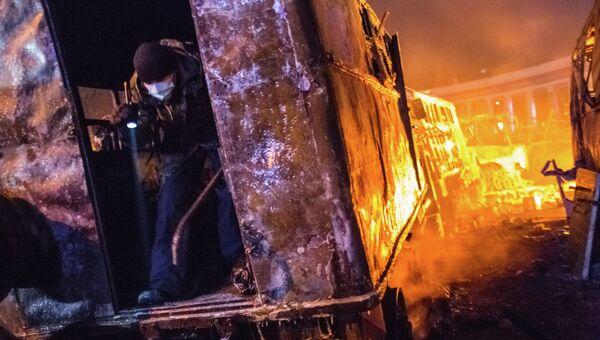 Массовые беспорядки в Киеве, фото с места событий