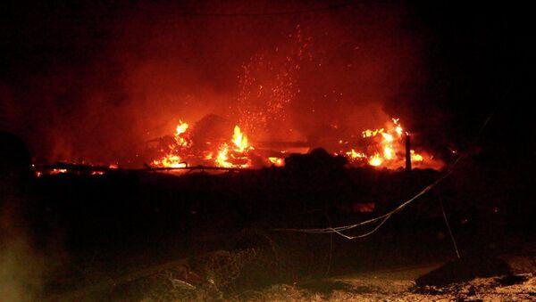 Пожар уничтожил восемь домов в Приамурье, фото с места события