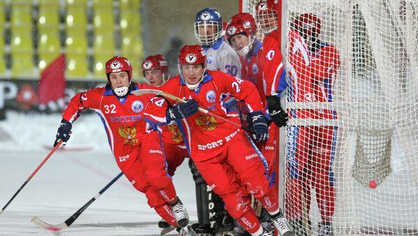 Сборная России по хоккею с мячом. Архивное фото