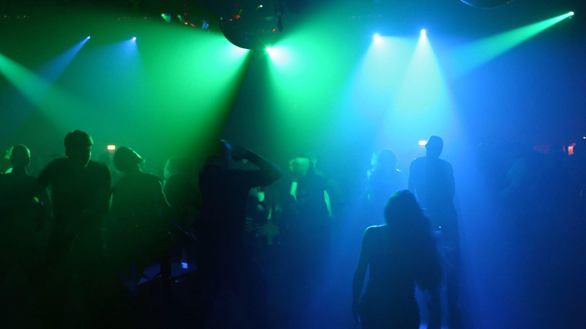 Pr в ночном клубе игра го клуб москва
