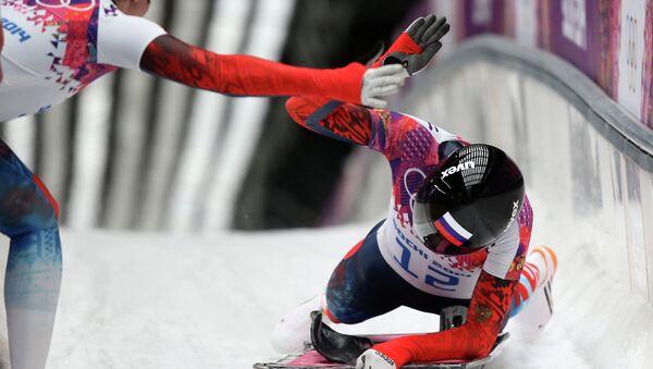 Елена Никитина (Россия) на финише в финальном заезде на соревнованиях по скелетону среди женщин. Фото с места событий