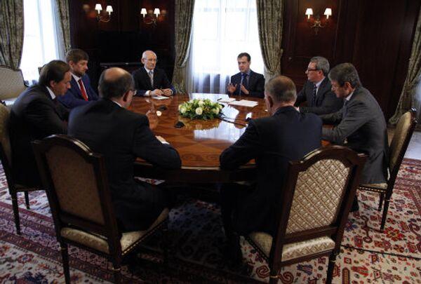 Президент РФ Д.Медведев провел встречу с руководителями крупных регионов