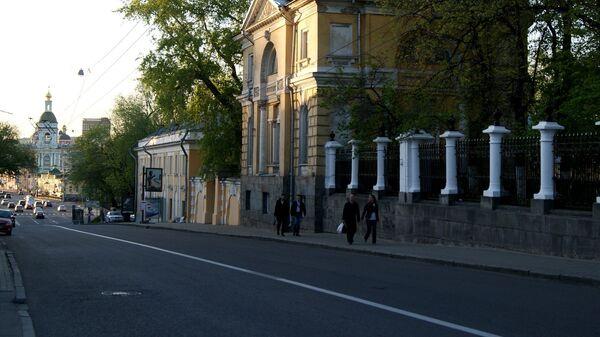 Верхняя Радищевская улица выходит к Яузе