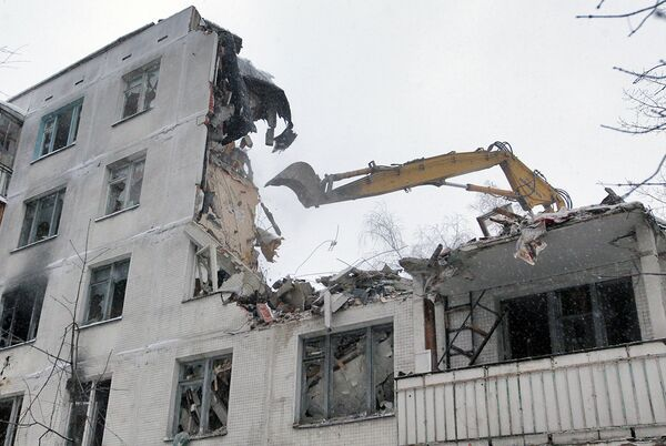 Снос малоэтажных зданий в Москве
