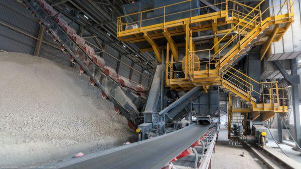 ВЭБ выставил на аукцион права требования по кредитам цементных компаний
