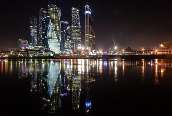 Башня Эволюция в Москва-Сити. Виды Москва-Сити