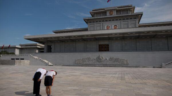 Кымсусанский дворец солнца в КНДР