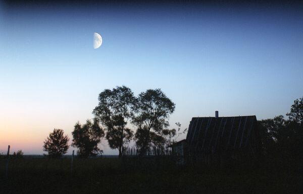 На закате в поселке Завидово Конаковского района