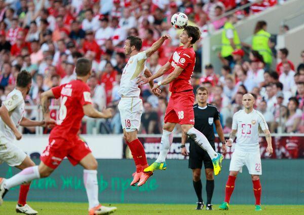 Игровой момент матча 1-го тура РФПЛ Спартак - Арсенал
