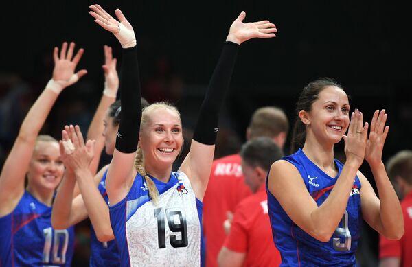 Волейболистки сборной России Анна Малова и Вера Ветрова (справа)