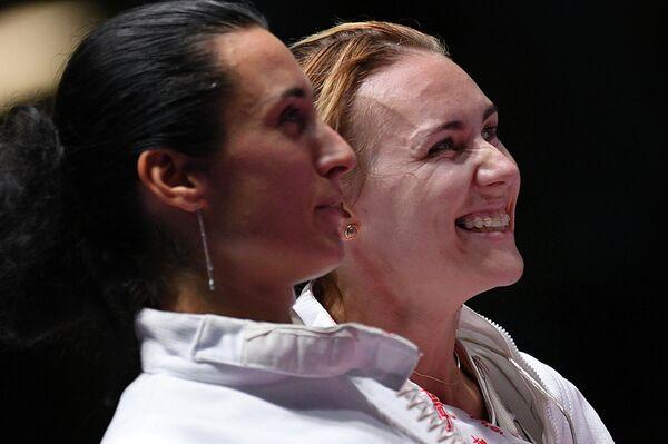 Слева направо: Любовь Шутова и Ольга Кочнева