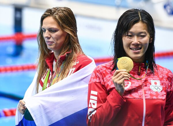 Юлия Ефимова и Риэ Канэто (слева направо)