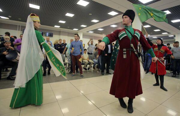 Представление во время встречи в аэропорту Шереметьево сборной России по дзюдо