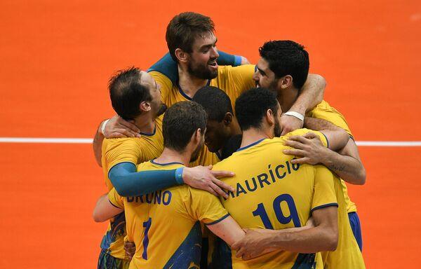 Волейболисты сборной Бразилии