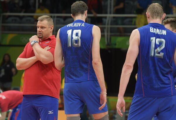 Владимир Алекно (слева)