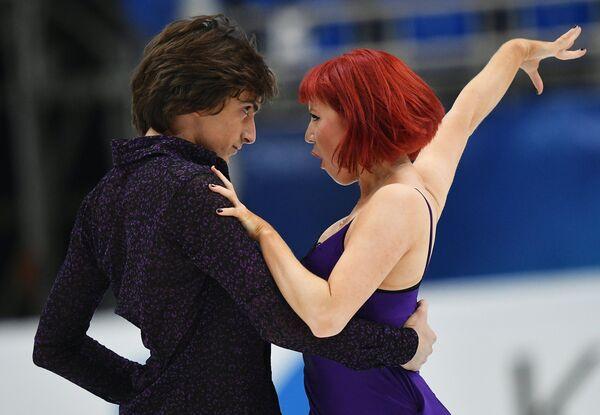 Тиффани Загорски и Джонатан Гурейро (Россия)