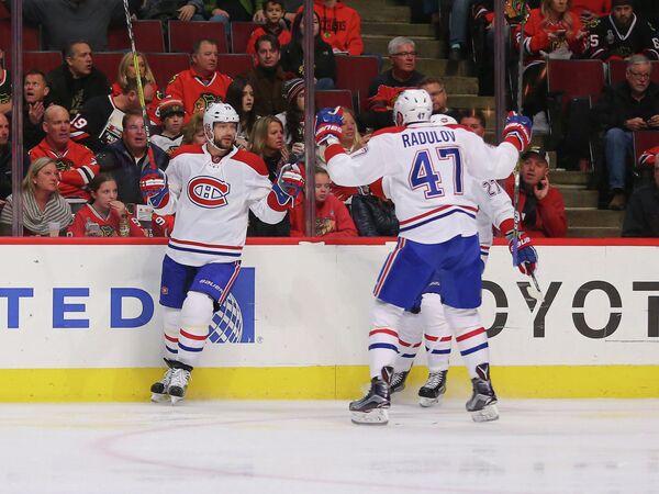 Хоккеисты Монреаля Андрей Марков и Александр Радулов (слева направо)