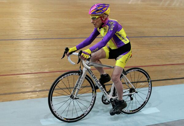 105-летний французский велосипедист Робер Маршан