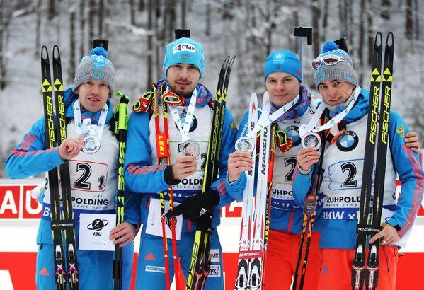 Слева направо: Алексей Волков, Антон Шипулин, Матвей Елисеев, Антон Бабиков