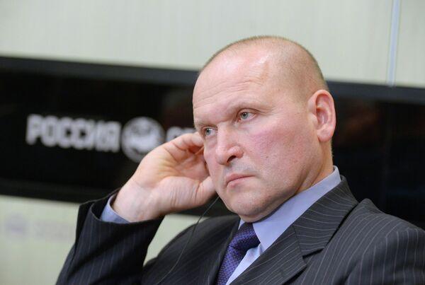 Старший тренер мужской сборной России по тяжелой атлетике Павел Кузнецов