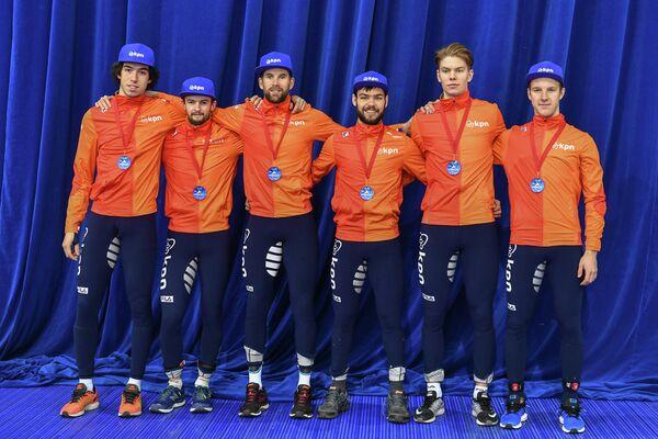 Спортсмены сборной Нидерландов по шорт-треку