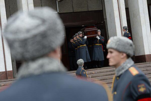 Церемония прощания с хоккеистом Сергеем Гимаевым