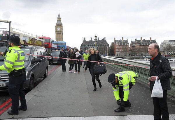 Теракт в Лондоне возле Вестминстерского моста