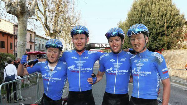 Велогонщики молодежного состава команды Газпром-Русвело