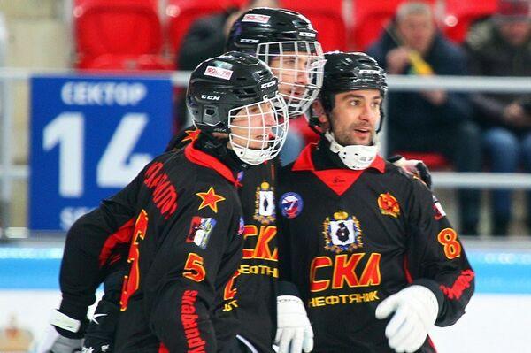 Хоккеисты бендийного клуба СКА-Нефтяник