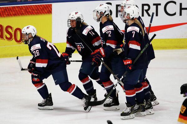 Хоккеистки женской сборной США