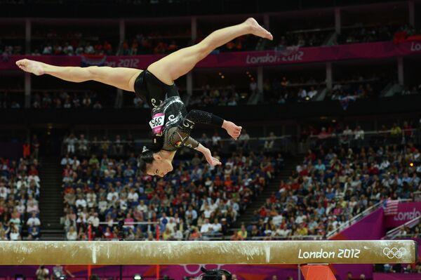 Румынская гимнастка Каталина Понор