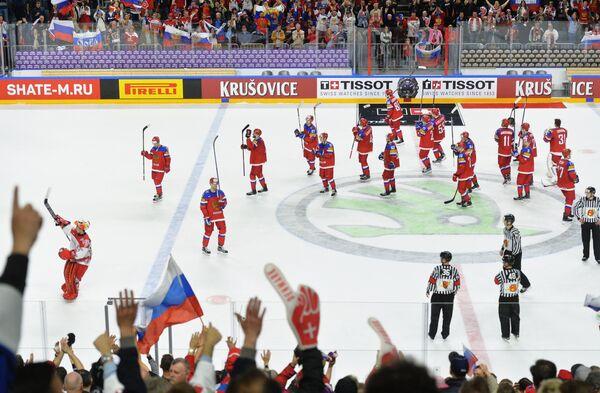 Хоккеисты сборной России после победы