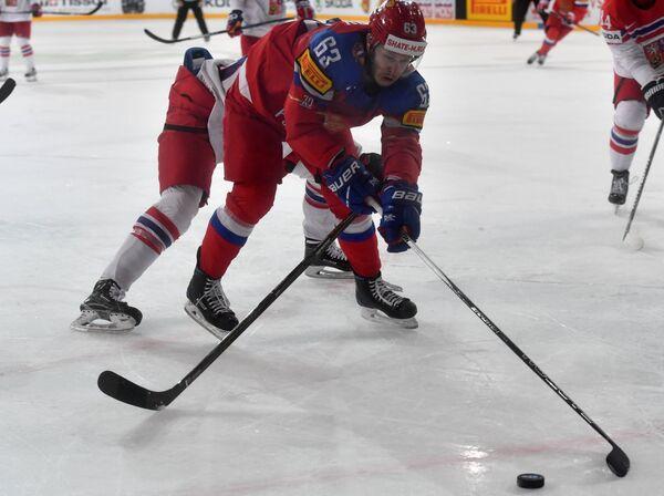 Нападающий сборной России Евгений Дадонов