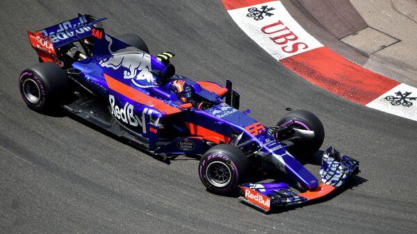 Пилот Торо Россо Карлос Сайнс-младший на дистанции Гран-при Монако