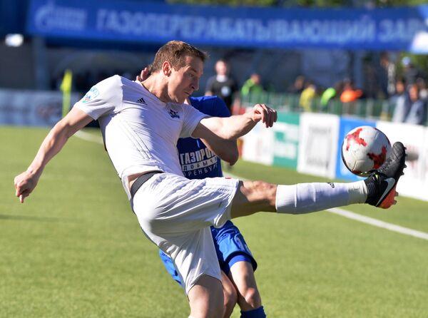 Защитник ФК СКА-Хабаровск Игорь Удалый