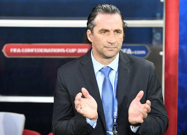 Главный тренер сборной Чили по футболу Хуан Антонио Пицци