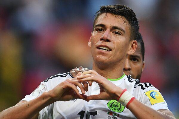 Защитник сборной Мексики Эктор Морено