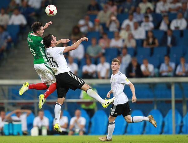 Игровой момент матча Германия - Мексика
