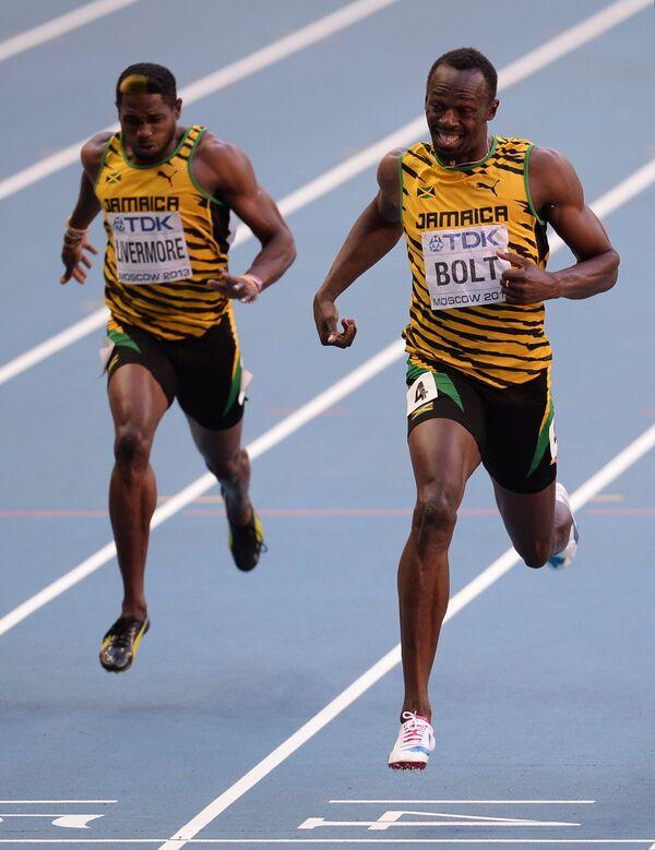 Ямайские спортсмены Джейсон Ливермор и Усэйн Болт (слева направо)