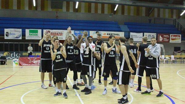 Баскетболисты саратовского Автодора