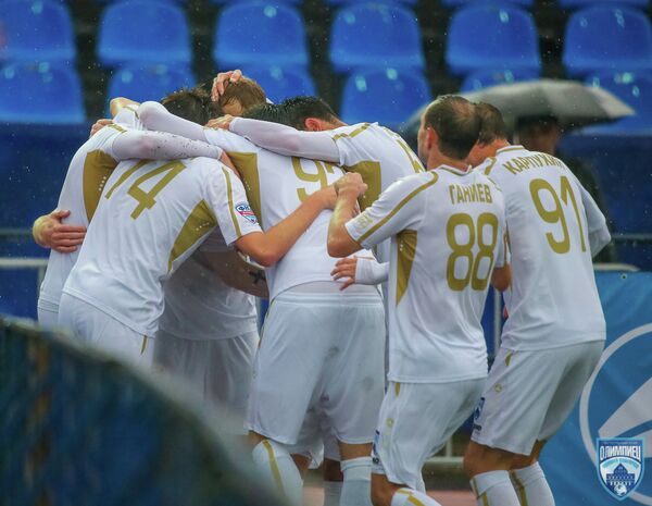 Игроки ФК Олимпиец