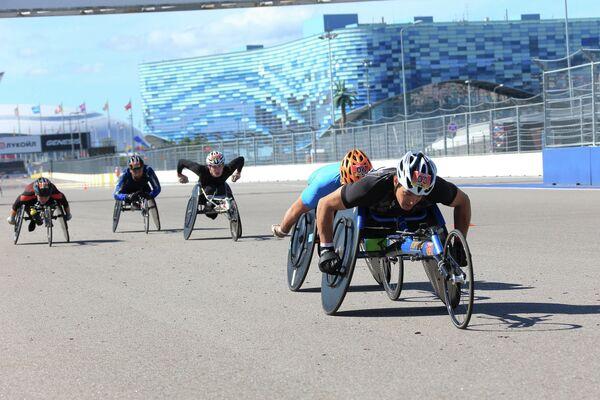 Состоялся III международный полумарафон на спортивных колясках Рецепт-Спорт на Сочи Автодром