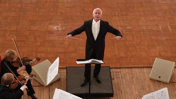 Художественный руководитель и главный дирижер Национального филармонического оркестра России и Государственного камерного оркестра Виртуозы Москвы Владимир Спиваков