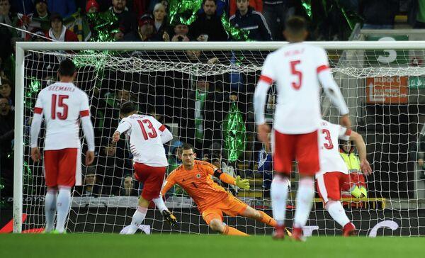 Игровой момент матча Северная Ирландия - Швейцария