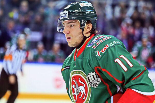 Нападающий Ак Барса Никита Язьков