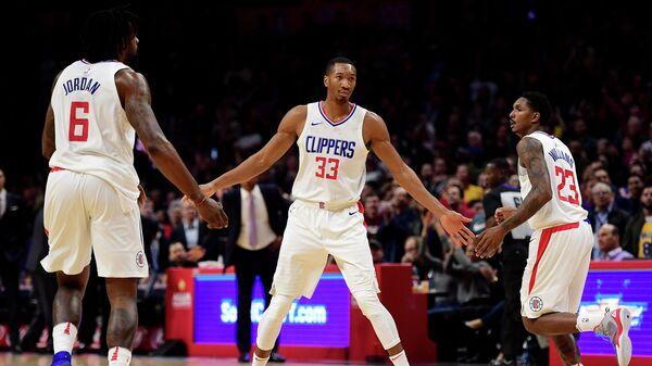 Баскетболисты Лос-Анджелес Клипперс Деандре Джордан, Уэсли Джонсон и Лу Уильямс (слева направо)