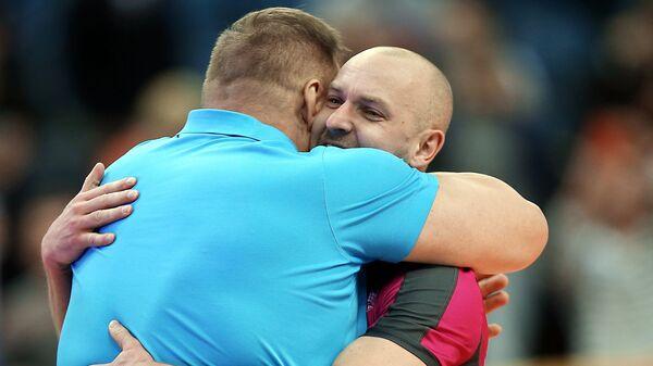 Либеро казанского Зенита Алексей Вербов (справа) и главный тренер команды Владимир Алекно