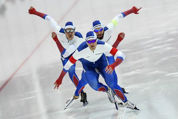 Слева направо: Данила Семериков, Сергей Грязцов и Александр Румянцев
